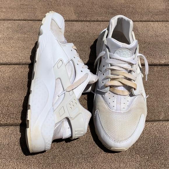 women's nike huarache shoes
